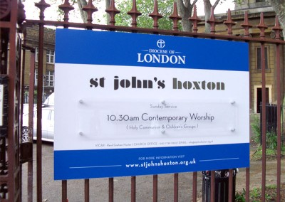 Aluminium signs attached to a fence with vinyl graphics by Aspect Signs & Engraving. Sign Makers